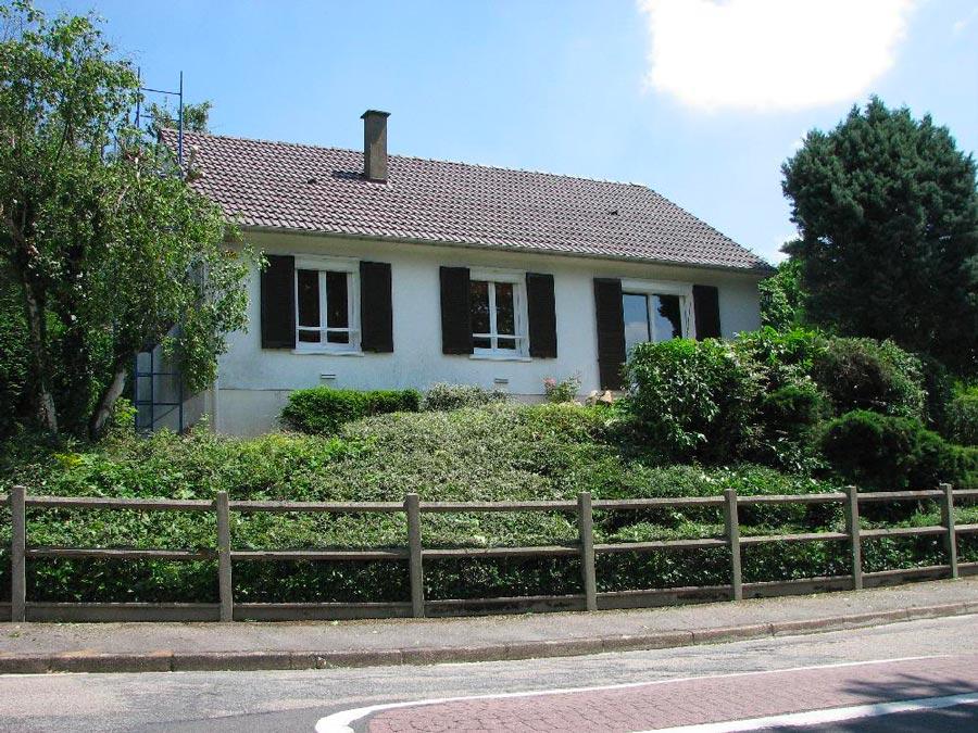 Ravalement de façade et réfection de clôture à Petit Couronne (76)