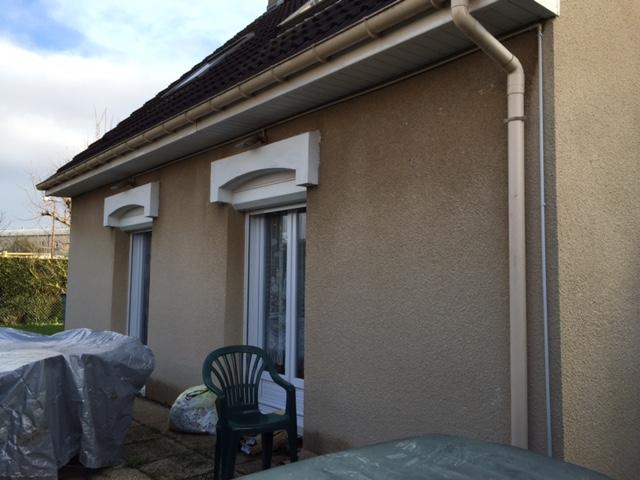 Ravalement de façade et démoussage de toiture près de Rouen (76)