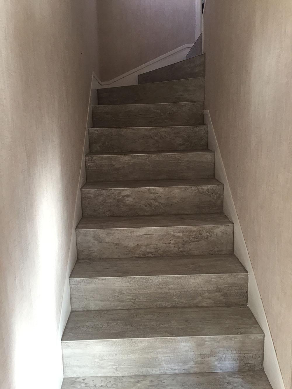 Réfection d'un escalier béton près de Rouen à Petit Couronne